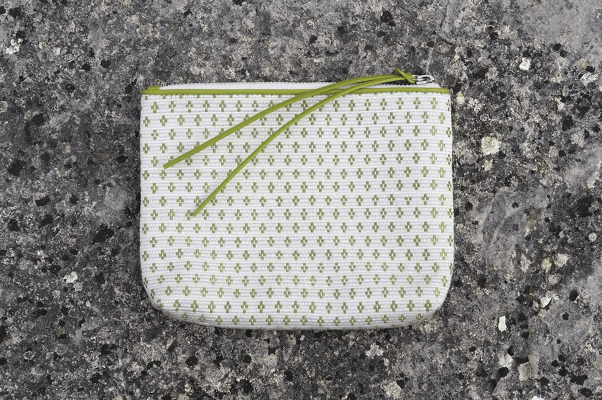 Bags Of Hope Zipper Pouch, White/green