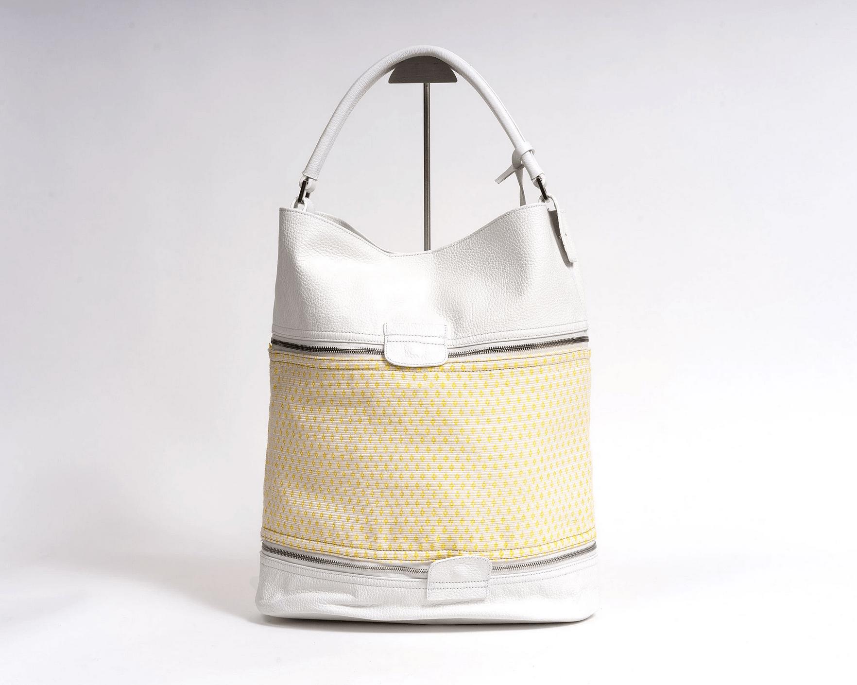 PBG-PARIS-Bags of Hope Bucket bag large, white